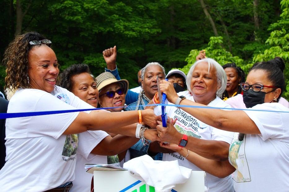 As Memorial Garden Opens, Moms Lead Call For Healing
