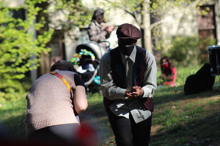 Teens Take The Bard To Edgerton Park