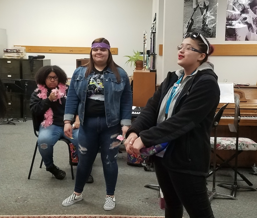 Senior Lincy Valeta co-leads a theater workshop